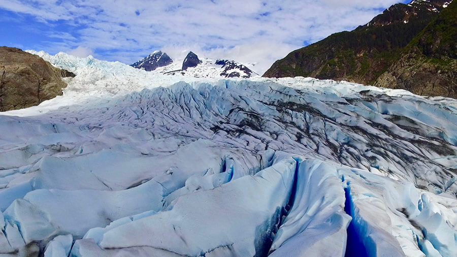 Mendenhall_Glacier-Juneau-amenities