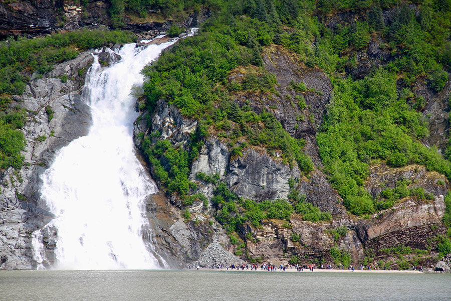 Mendenhall_NuggetFalls-glacier-nalu