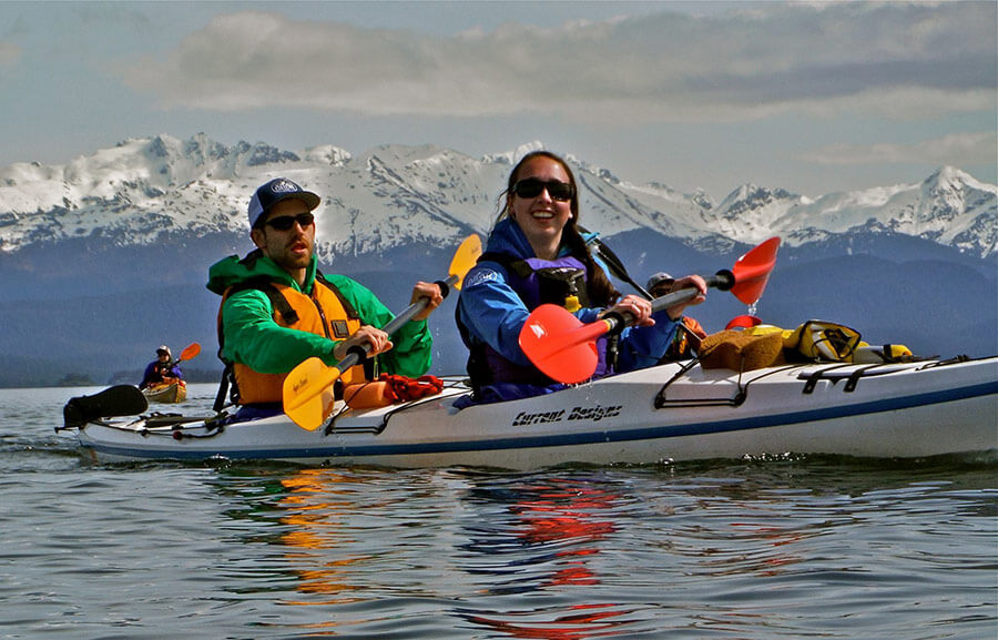 paddle-with-whales-kayak-tour